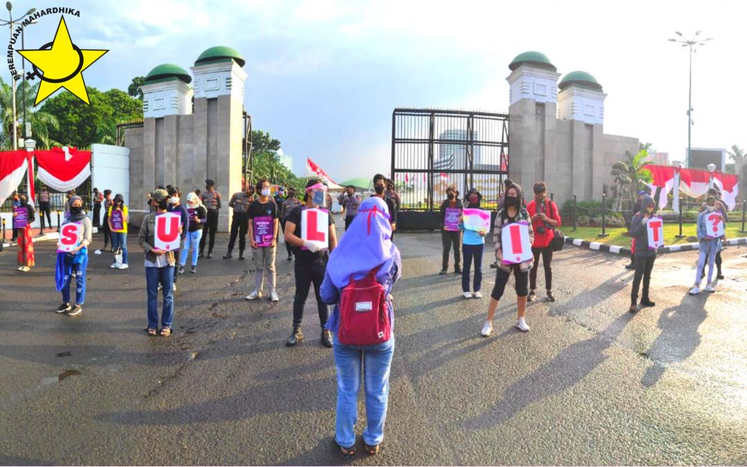 Aksi Selasaan:  Pengawasan Langsung Kelompok Perempuan Terhadap DPR
